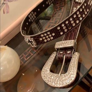Studded belt real leather very nice quality